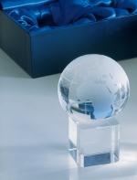 Trofeja - kristāla globuss