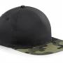 Kamoflāžas cepure ar plakano nadziņu